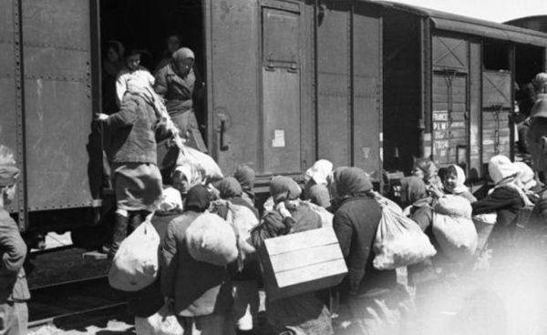 Se împlinesc 76 de ani de la primul val de deportări staliniste ...