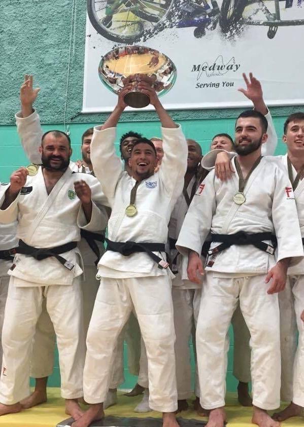 Moldoveanul Vladimir Oleinic în Echipa Care A Luat Aurul La