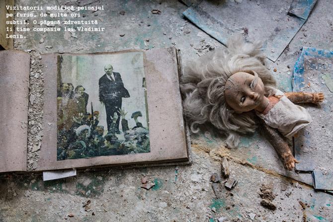 06-doll-and-lenin-photo-670-copy