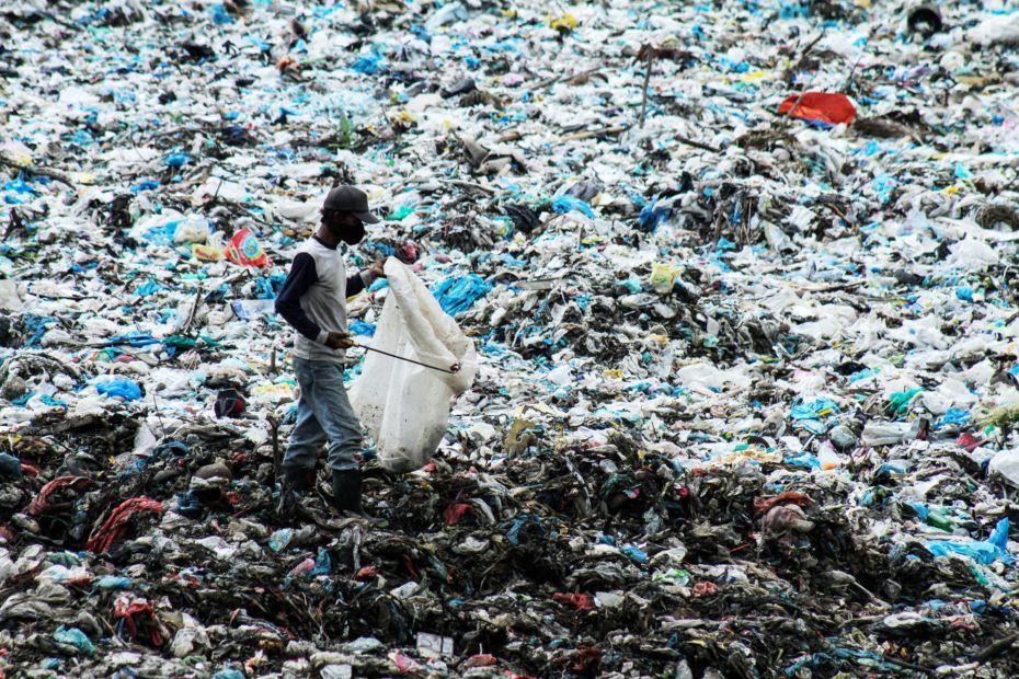 science_ocean-plastic_064707300